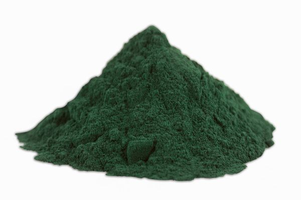 Eat Spirulina Every Day to See These 7 Things Happen to Your Body